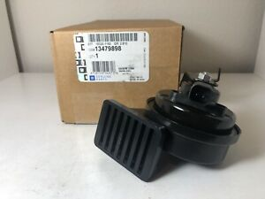 OEM NEW GM 16-19 Chevrolet Cruze Low Note Horn Assembly 13479898