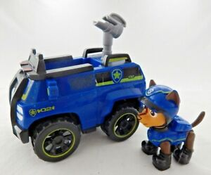 PAW PATROL CHASE ACTION FIGURE WITH ON-A-ROLL POLICE CRUISER WITH SOUNDS