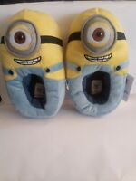 Despicable Me Minions Kids Slippers Size 11  BNWT