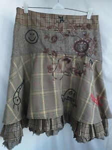 DESIGUAL Skirt Size M Check Embroidered Knee Length Flare Skirt Jupe