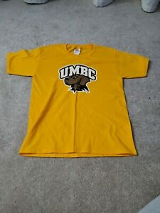 Youth Large UMBC basketball T-shirt