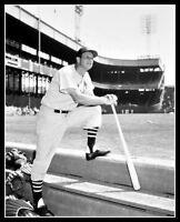 Stan Musial #5 Photo 8X10 - 1957 St. Louis Cardinals - Buy Any 2 Get 1 FREE