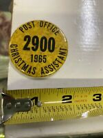 1965 POST OFFICE CHRISTMAS ASSISTANT PINBACK BUTTON