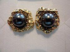 Earrings in 14K Yg Over Stainless Black Shell Pearl w/White Austrian Crystal