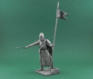 Tin toy soldier The Crusader. Holy Land 11 cen. Metall sculpture 54 mm