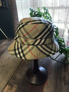 Vintage Burberry Bucket Hat In Classic Nova Check Size S/M