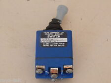 Lucas Aerospace Double Pole Locking Toggle Switch Type LHA2-BG206D5/1 [R4D]