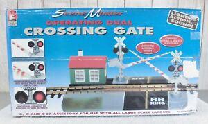LIFE-LIKE TRAINS / SCENE MASTER CROSSING GATE - NIB