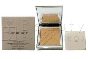 Burberry Bright Glow Compact Flawless White-Translucency Brightening Foundation