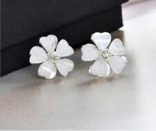 Nice New 9K White Gold Filled White Flower Crystal Post Stud Earrings