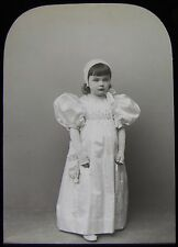 VICTORIAN Glass Magic Lantern Slide GIRL DRESSED IN 1820'S CLOTHS C1890 PHOTO