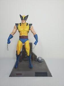"""Marvel Legends Diamond Select X-Men Wolverine Classic Yellow Blue Suit 7"""" Figure"""