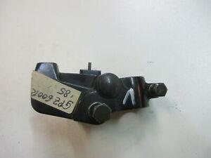 2. KawasakI GPZ 600 R ZX600A Kupplungshebelhalter (1) für Kupplungshebel Lenker