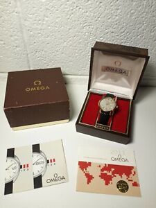Omega Automatic Vintage Mens Watch 1970's Gold Tone Day Date Lizard Band Case