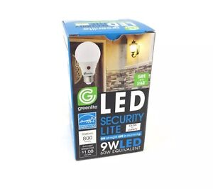 Greenlite Led Bulb Dusk to Dawn indoor/outdoor Auto ON Off Smart Security Light
