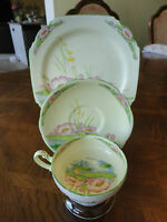Antique! Royal Paragon Trio Teacup Set, Hand Painted, Water Lily, No Buyer Tax