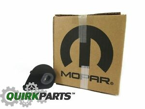 RAM 1500 2500 3500 4500 5500 RIGHT SIDE AUXILIARY PUDDLE LIGHT LAMP NEW MOPAR