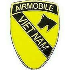 ARMY AIRMOBILE 1ST CAVALRY VIETNAM VETERAN MILITARY PIN