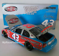 #43 Richard Petty 1/24 Action NASCAR Diecast Car _ THE VICTORY LAP / 7X CHAMPION
