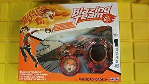 Blazing Team Masters of Yo Kwon Do Tiger Hero Battle Set Sealed New Hasbro Yo-Yo