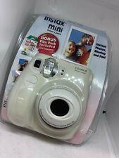 Fujifilm Instax Mini 7s Instant Camera In White with Bonus Film 10 Exposures