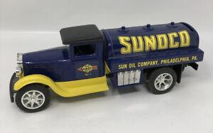 American Classic SUNOCO Philadelphia ERTL Diecast Vintage Piggy Bank Blue Yellow