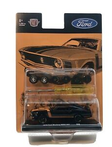 M2 Machines 1970 Ford Mustang Boss 302 Auto Wheels R08 1:64