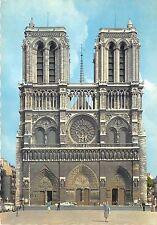 BR042 Paris Facade de la cathedrale Notre Dame france