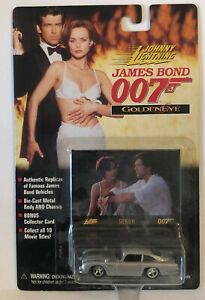 JOHNNY LIGHTNING JAMES BOND 007 GOLDENEYE ASTON MARTIN DIE CAST VEHICLE