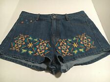FLYING TOMATO Anthropologie High Waisted Denim Short Floral Embroidery Medium