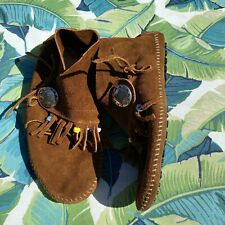 Size 8 - MINNETONKA Moccasin Brown Suede Concho Beaded Hippie Moccasin Booties