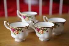 """Set Of 4 ROYAL ALBERT """"OLD COUNTRY ROSES""""  Cups & Saucers ENGLISH VINTAGE 8 Pcs"""