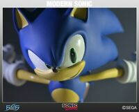 SONIC THE HEDGEHOG - MODERN SONIC STATUE - FIRST 4 FIGURES SEGA  No 686 of 1650