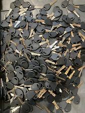500 Lot of Misc Cut Car Keys