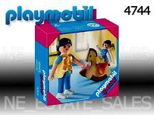 playmobil maman et bébé sur cheval à bascule ref 4744   en boite  neuf