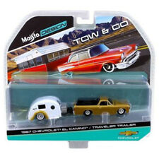 Maisto 1:64 TOW & GO 1967 Chevrolet El Camino with Traveler Trailer Gold 15368D