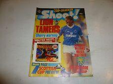 SHOOT! Comic - Date 28/01/1989 - UK Paper Comic - Inc PANINI Football 89 Sticker