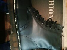 Martens  BRAND NEW Smooth Leather Ankle Boots - Size UK 9 Black