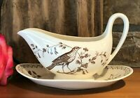 Vintage Rare Wedgwood Williamsburg Aviary Gravy Boat With Attached Plate England