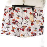 St Johns Bay Womens White Floral Mid RIse Shorts 18 New