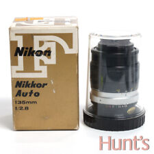 NIKON NIKKOR AUTO 135mm f2.8 PRE-AI MANUAL FOCUS LENS w/BOX AND BUBBLE CASE