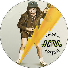 CHAPA/BADGE AC/DC High Voltage . pin button bon scott angus malcom young heavy
