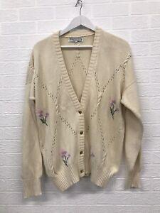 Vintage Burberry Cardigan Size Large Cotton Cream Floral Pattern Women's Fashion