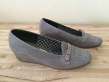Vintage Shoes Daniel Green Size 6 Outdorables Grey Suede Slippers Retro USA