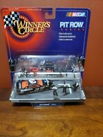 NASCAR WINNERS CIRCLE #3 GOODWRENCH DALE EARNHARDT SR PIT ROW SERIES 1:64