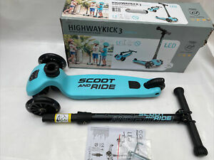 Scoot & Ride Highway Kick 3 LED Blueberry
