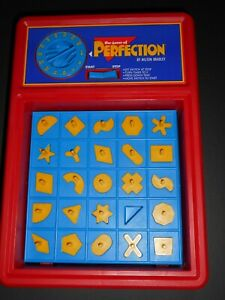 *VINTAGE* Dark Yellow Perfection Game Pieces