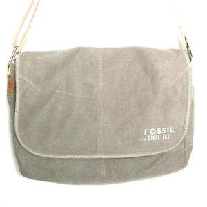 Fossil Padded Divider Zippered Pocket Distressed Messenger Bag