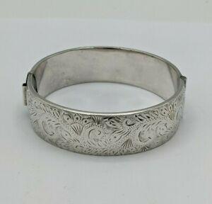 Vintage Ladies Silver Cuff Bangle/Bracelet, Rigby & Wilson Birmingham 1960