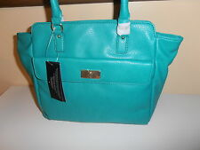 TOMMY HILFIGER PURSE GREEN NICE & CHEAP!!!!